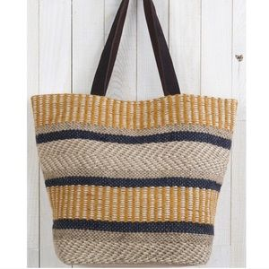 Handbags - New🌻 mustard jute tote bag